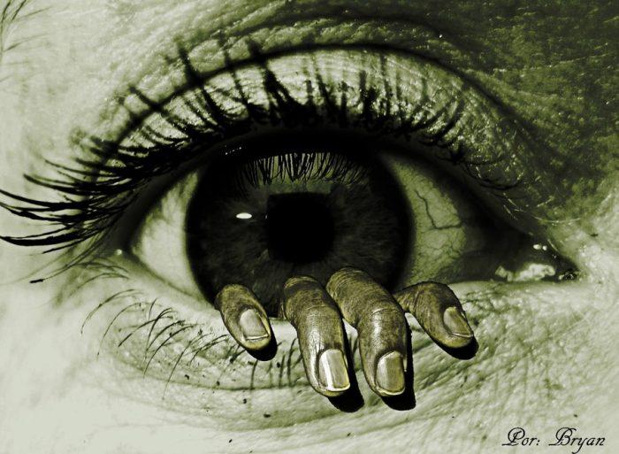 fear-eye
